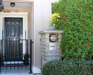 Photo 3: 686 W 7TH AVENUE in Vancouver: Fairview VW Townhouse for sale (Vancouver West)  : MLS®# R2100661
