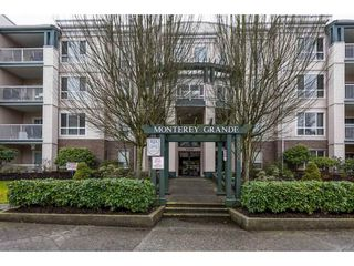 Photo 1: 104-20200 54A in Langley: Condo for sale : MLS®# R2147829