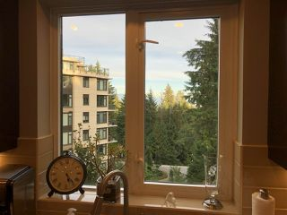 Photo 8: 402 2950 PANORAMA DRIVE in Coquitlam: Westwood Plateau Condo for sale : MLS®# R2312197