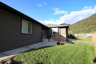Photo 3: 95 Leighton Avenue: Chase House for sale (Shuswap)  : MLS®# 10182496