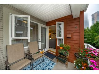 """Photo 15: 218 4783 DAWSON Street in Burnaby: Brentwood Park Condo for sale in """"Collage"""" (Burnaby North)  : MLS®# R2399063"""