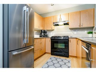 """Photo 8: 218 4783 DAWSON Street in Burnaby: Brentwood Park Condo for sale in """"Collage"""" (Burnaby North)  : MLS®# R2399063"""