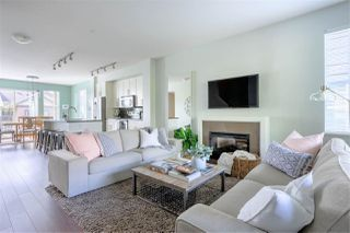 """Photo 3: 13 11176 GILKER HILL Road in Maple Ridge: Cottonwood MR Townhouse for sale in """"Blue Tree"""" : MLS®# R2412524"""