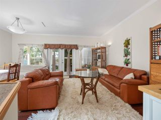 Photo 10: B - 778 CREEKSIDE Crescent in Gibsons: Gibsons & Area House 1/2 Duplex for sale (Sunshine Coast)  : MLS®# R2422485