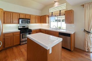 Photo 7: OCEANSIDE House for sale : 5 bedrooms : 1244 Sunbright Drive