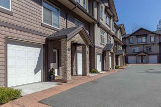 "Photo 2: 7 2950 LEFEUVRE Road in Abbotsford: Aberdeen Townhouse for sale in ""Cedar Landing"" : MLS®# R2462151"