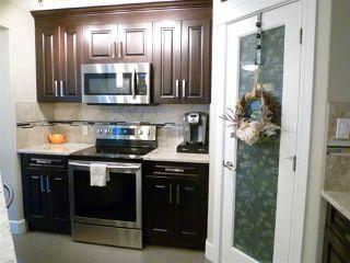 Photo 7: 10914 71 Avenue in Edmonton: Zone 15 House Half Duplex for sale : MLS®# E4205388