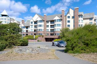 Photo 40: 403 50 Songhees Rd in Victoria: VW Songhees Condo for sale (Victoria West)  : MLS®# 823133