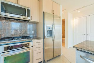 Photo 4: 2605 1211 MELVILLE Street in Vancouver: Coal Harbour Condo for sale (Vancouver West)  : MLS®# R2479098