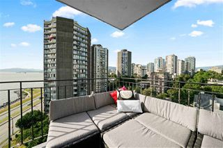 "Photo 11: 1103 1575 BEACH Avenue in Vancouver: West End VW Condo for sale in ""Plaza Del Mar"" (Vancouver West)  : MLS®# R2479197"