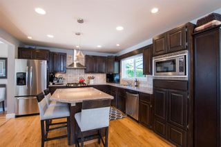 Photo 7: 13709 56A Avenue in Surrey: Panorama Ridge House for sale : MLS®# R2480678