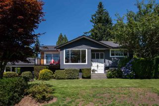 Photo 1: 13709 56A Avenue in Surrey: Panorama Ridge House for sale : MLS®# R2480678