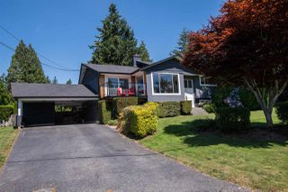 Photo 32: 13709 56A Avenue in Surrey: Panorama Ridge House for sale : MLS®# R2480678