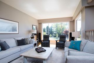 Photo 3: 13709 56A Avenue in Surrey: Panorama Ridge House for sale : MLS®# R2480678