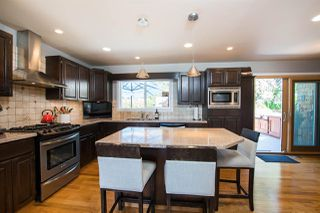 Photo 6: 13709 56A Avenue in Surrey: Panorama Ridge House for sale : MLS®# R2480678