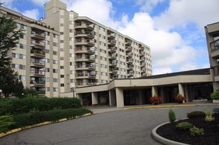 Photo 1: 821 31955 Old Yale Road in : Abbotsford West Condo for sale (Abbotsford)  : MLS®# R2490358