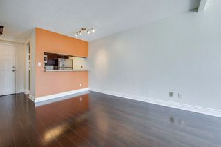 Photo 7: 711 222 The Esplanade Street in Toronto: Waterfront Communities C8 Condo for sale (Toronto C08)  : MLS®# C4900923