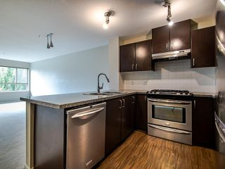 Photo 4: 316 3110 DAYANEE SPRINGS Boulevard in Coquitlam: Westwood Plateau Condo for sale : MLS®# R2496797