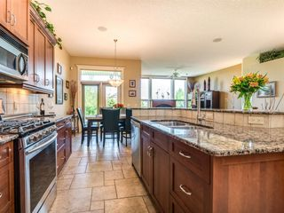 Photo 12: 71 Elgin Estates Hill SE in Calgary: McKenzie Towne Detached for sale : MLS®# A1031075
