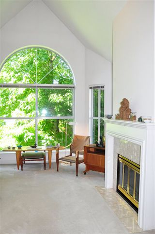 "Photo 12: 318 7171 121 Street in Surrey: West Newton Condo for sale in ""Highlands"" : MLS®# R2505061"