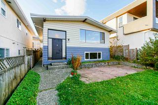 Photo 3: 57 S ELLESMERE Avenue in Burnaby: Capitol Hill BN House for sale (Burnaby North)  : MLS®# R2516305