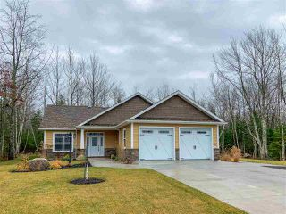 Photo 1: 321 Veterans Drive in Berwick: 404-Kings County Residential for sale (Annapolis Valley)  : MLS®# 202023657
