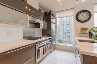 """Photo 9: 804 1252 HORNBY Street in Vancouver: Downtown VW Condo for sale in """"The Pure"""" (Vancouver West)  : MLS®# R2520284"""