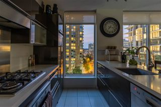 """Photo 7: 804 1252 HORNBY Street in Vancouver: Downtown VW Condo for sale in """"The Pure"""" (Vancouver West)  : MLS®# R2520284"""