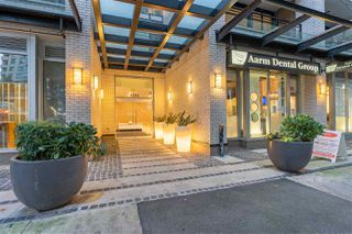 """Photo 2: 804 1252 HORNBY Street in Vancouver: Downtown VW Condo for sale in """"The Pure"""" (Vancouver West)  : MLS®# R2520284"""