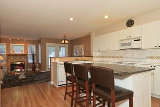 "Photo 5: 24 1700 56TH Street in Tsawwassen: Beach Grove Townhouse for sale in ""THE PILLARS"" : MLS®# V929989"