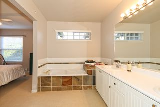 "Photo 13: 24 1700 56TH Street in Tsawwassen: Beach Grove Townhouse for sale in ""THE PILLARS"" : MLS®# V929989"