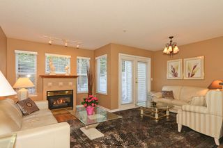 "Photo 4: 24 1700 56TH Street in Tsawwassen: Beach Grove Townhouse for sale in ""THE PILLARS"" : MLS®# V929989"