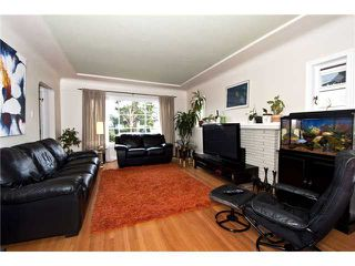 Photo 2: 7642 HUDSON Street in Vancouver: South Granville House for sale (Vancouver West)  : MLS®# V941611