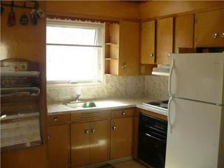 Photo 4: 776 ARLINGTON ST in Winnipeg: Residential for sale (Canada)  : MLS®# 1005078