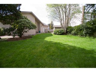 Photo 10: 9620 BISSETT Place in Richmond: McNair House for sale : MLS®# V947968