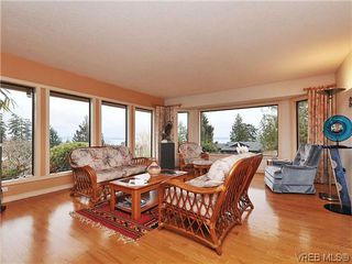 Photo 2: 8914 Pender Park Dr in NORTH SAANICH: NS Dean Park Single Family Detached for sale (North Saanich)  : MLS®# 632377