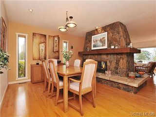 Photo 5: 8914 Pender Park Dr in NORTH SAANICH: NS Dean Park Single Family Detached for sale (North Saanich)  : MLS®# 632377