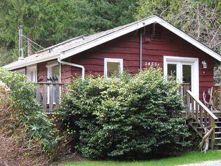 Main Photo: 1455 HENDERSON Avenue: Roberts Creek House for sale (Sunshine Coast)  : MLS®# V1000666