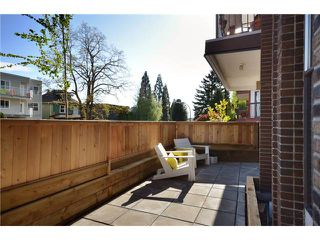 Photo 1: 101 1585 E 4TH Avenue in Vancouver: Grandview VE Condo for sale (Vancouver East)  : MLS®# V949221