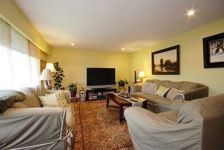 Photo 2: 499 Decaire Street in Coquitlam: Central Coquitlam Home for sale ()