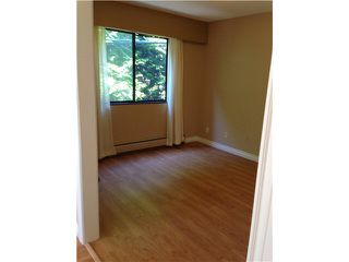 "Photo 12: 207 1544 FIR Street: White Rock Condo for sale in ""Juniper Arms"" (South Surrey White Rock)  : MLS®# F1418478"