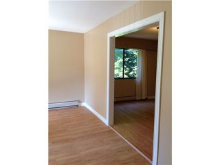 "Photo 13: 207 1544 FIR Street: White Rock Condo for sale in ""Juniper Arms"" (South Surrey White Rock)  : MLS®# F1418478"