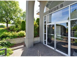 "Photo 3: 118 32725 GEORGE FERGUSON Way in Abbotsford: Abbotsford West Condo for sale in ""Uptown"" : MLS®# F1417772"