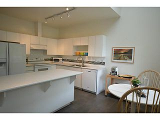 "Photo 4: 302 825 W 15TH Avenue in Vancouver: Fairview VW Condo for sale in ""THE HARROD"" (Vancouver West)  : MLS®# V1081638"