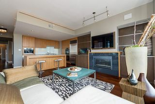 Photo 3: 801 1675 W 8TH AVENUE in Vancouver: Fairview VW Condo for sale (Vancouver West)  : MLS®# R2042597