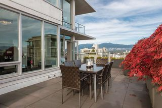 Photo 4: 801 1675 W 8TH AVENUE in Vancouver: Fairview VW Condo for sale (Vancouver West)  : MLS®# R2042597