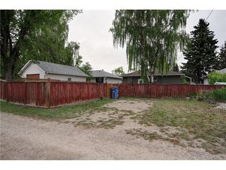 Photo 13: 2327 22A Street NW in CALGARY: Banff Trail House for sale (Calgary)  : MLS®# C4067297