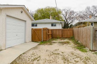Photo 27: 865 Borebank Street in Winnipeg: River Heights South Single Family Detached for sale (1D)  : MLS®# 1627577