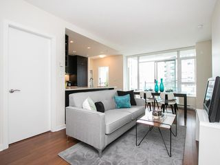 Photo 3: 1103 821 CAMBIE STREET in Vancouver: Yaletown Condo for sale (Vancouver West)  : MLS®# R2096648