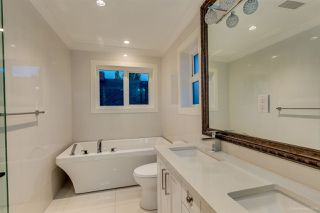 Photo 10: 5530 CULLODEN STREET in Vancouver: Knight House for sale (Vancouver East)  : MLS®# R2124692